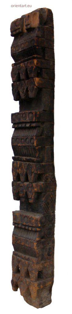 antike Säule Nuristan Nr-G
