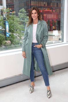 New York Fashion Week Celebrities On The Front Row And Parties Estilo Casual Chic, Casual Chic Style, Cool Style, My Style, Cindy Crawford, High Fashion Photography, Glamour Photography, Lifestyle Photography, Editorial Photography