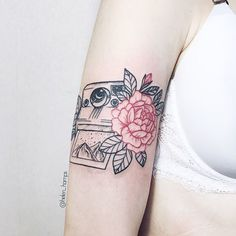 По своему эскизу, по акции ............#helen_hamps #h_h #linework #dotwork #whipshading #sketch #tattoosketch #tattoomoscow #tattookrasnodar #tattoo #tattooart #tattooartist #tattooidea #tattooed #tattooflash #tattoos #tattooing #art #artwork #moscow #tattoomsk #tattookrd #tattooworkers #ornamentaltattoo #ornamental #flower #flowers #ornament #onelines | Artist: @helen_hamps