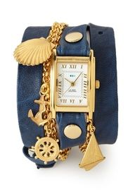 Great bracelet to pair with a great outfit.