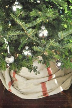 The Growers Daughter- Yes, I am pinning a bunch of Christmas stuff in May...