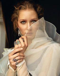 Vogue Turkey May 2017 Sandra Martens by Emre Unal