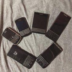 """#inst10 #ReGram @l.yong.j_93: 키보드 핰 핰 . . . . #일상 #소통 #블랙베리 #프리브 #키보드 #갤럭시노트8 #갤럭시s8#blackberry . . . . . . (B) BlackBerry KEYᴼᴺᴱ Unlocked Phone """"http://amzn.to/2qEZUzV""""(B) (y) 70% Off More BlackBerry: """"http://BlackBerryClubs.com/p/""""(y) ...... #BlackBerryClubs #BlackBerryPhotos #BBer ....... #OldBlackBerry #NewBlackBerry ....... #BlackBerryMobile #BBMobile #BBMobileUS #BBMobileCA ....... #RIM #QWERTY #Keyboard .......  70% Off More BlackBerry: """" http://bit.ly/2otBzeO """"  .......  #Hashtag """"…"""