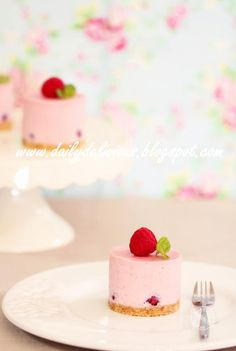 dailydelicious: No bake dessert: Raspberry Rare Cheesecake