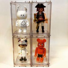 medicom bearbrick display case  #toys #toycollection #toyphoto #displaycase #display #Ozzo #ozzocollection #medicom #bearbrick #uamou #playmobile #dreamers