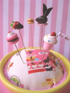 Cafe+du+Pinks+and+Needles+Pin+Topper+Set+by+PinksAndNeedles