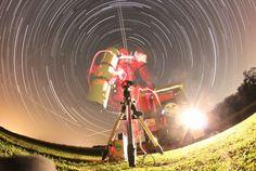 Spinning like a record:  Michael Kunze - Astronomie - Reisen - Fotografie