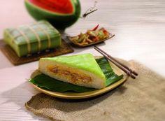 Bánh chưng (lunar new year's dish).
