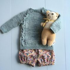 """Fall outfit Somehow our bear magically matches everything we own. Iris has named him """"Buddy"""". Sweater: pattern from size 1 year, yarn Vintage in Celadon Bloomers: Wiksten pattern coming soon! Knitting For Kids, Sewing For Kids, Baby Knitting, Little Girl Fashion, Toddler Fashion, Kids Fashion, Fall Outfits, Kids Outfits, Tutu"""