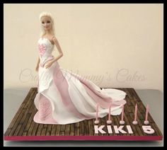 Inspired by William Tan's designs (Ipoh Bakery) Layers of white & pink with a little hand painting to her bodice……. & floorboards because I love them! :0)