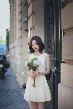 Yun Seon Young milkcocoa women t Girl Short Hair, Short Girls, Korean Beauty, Asian Beauty, Asian Woman, Asian Girl, Asian Fashion, Girl Fashion, Short Haircuts