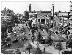 Een verzameling beelden van het Rotterdam van voor het bombardement van 14 mei 1940. Omdat het stratenplan zo gewijzigd is, is het erg lastig sommige foto's te plaatsen. Handig is dat alle foto's ge-geotagged zijn. Je kunt dus op de Flickr Map zien waar alles is. Veel plezier met deze Rotterdam Nostalgie! Kijk op de kaart ter orientatie Bekijk deze film! www.geheugenvannederland.nl/?/nl/items/NIBG01:BG_1083/&am...('rotterdam' *) and (type any 'video')/ Documentaire over de stad Rotterdam…