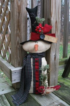 Folk Art PrimiTive WinTer ChrisTmas SNOWMAN Cardinal Stump DOLL DecoraTion Tag #NaivePrimitive #MelissaHarmon