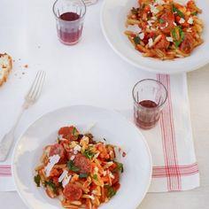 Aus Sardinien: Gnocchetti sardi mit Tomaten und Fenchel-Bratwurst
