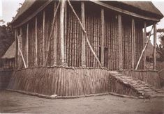 Bamiléké Architecture [Africa][Cameroon] - SkyscraperCity (one of the last traditional builduings left in Bafut)