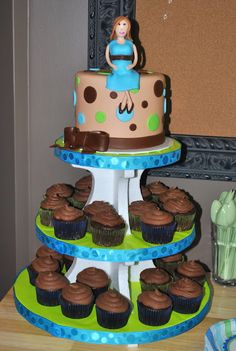 Baby Shower Cupcake Stand with fondant mommy to be.