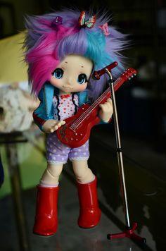 Chibiki is a rockstar now :D Kawaii Doll, Bjd, Barbie Barbie, Japanese, Dolls, Rock, Purple, Cute, Anime