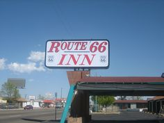 Google Image Result for http://upload.wikimedia.org/wikipedia/commons/8/83/Route_66_Inn,_Amarillo,_TX_Picture_1582.jpg