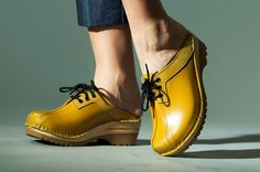 Audubon Clogs Yellow