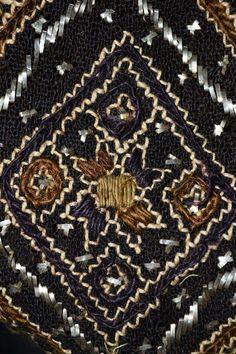 Romanian Adina Nanu collection. @ Comori etnografice Facebook page Folklore, Bohemian Rug, Anthropologie, Textiles, Costume, Embroidery, Facebook, Rugs, Detail