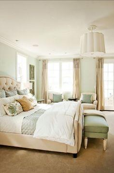 Com o chão bege, o verde claro é uma boa opção para as paredes!