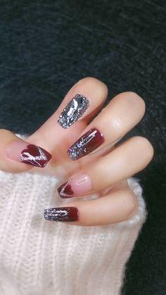 nail art videos / nail art designs _ nail art _ nail art videos _ nail art designs for winter _ nail art designs easy _ nail art designs for spring _ nail art winter _ nail art diy Pretty Nail Art, Cute Nail Art, Nail Art Diy, Diy Nails, Cute Nails, Nail Nail, Nail Art Designs Videos, Nail Design Video, Nail Art Videos