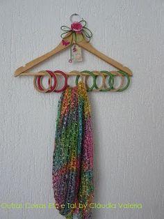 Outras Coisas, Etc e Tal.: Dica #02 Presentes especiais para mães especiais: Cabides para echarpes e lenços.