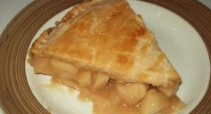 Recipe: Apple, caramel and maple pie Maple Dessert Recipes, Apple Recipes, Bon Dessert, Biscuits, Muffins, Deserts, Food And Drink, Bread, Cookies