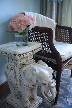add an antique elephant side table for a bit of whimsy Elephant Room, Elephant Table, Elephant Home Decor, Elephant Gifts, Elephant Stuff, Elefante Hindu, Chinoiserie Chic, Elephant Design, Dream Decor