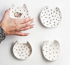 Bol de chat en céramique avec motif de saupoudrer par ZanaProducts