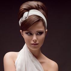 Penteado retrô para noivas http://vilamulher.terra.com.br/penteados-retro-impecaveis-2-1-12-1135.html
