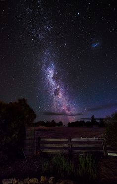 Farm with a view (of the Milky Way) on a farmstead porch in Williams, Western Australia. (by Howard Elton)