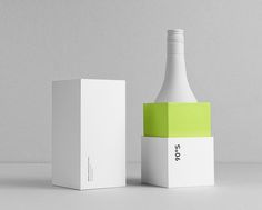 Packaging concept design — A modern take on the traditional Absinthe. Cute Packaging, Cosmetic Packaging, Brand Packaging, Design Packaging, Blog Design Inspiration, Packaging Design Inspiration, Label Design, Box Design, Package Design