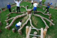 Tree balancing activity for outdoor nature play