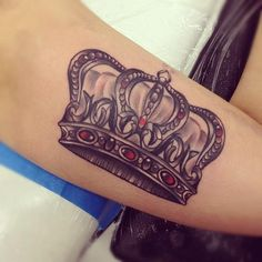 amazing crown tattoo :)