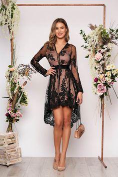 Rochii de seară din dantelă - Cele mai apreciate modele - Tendințele anului 2020 Corset, High Low, Bohemian, Dresses, Fashion, Tulle, Vestidos, Moda, Bustiers