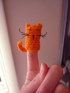 Cat finger puppet free crochet pattern