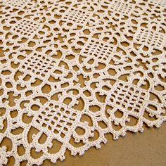 Venetian Square ~ free crochet pattern Step by step tutorial at: http://crochet.about.com/library/n061999.htm ✿Teresa Restegui http://www.pinterest.com/teretegui/✿