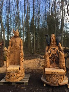 "thefabulousweirdtrotters: ""Chainsaw carved Thor and Odin th.- thefabulousweirdtrotters: ""Chainsaw carved Thor and Odin thrones by Tommy Craggs Tree Sculpting "" - Woodworking Logo, Learn Woodworking, Woodworking Furniture, Woodworking Plans, Woodworking Projects, Woodworking Joints, Woodworking Skills, Woodworking Techniques, Woodworking Organization"