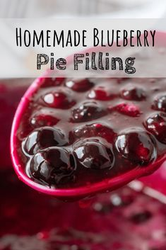 A Homemade Blueberry Pie Filling recipe for fresh or frozen blueberries. Great for ice cream or cheesecake toppings, pancakes and waffles, or of course, pie! Frozen Blueberry Pie, Homemade Blueberry Pie, Homemade Cherry Pies, Blueberry Desserts, Homemade Pie, Frozen Blueberries, Blueberry Topping For Cheesecake, Blueberry Oatmeal, Blueberry Sauce
