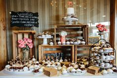 Rustic Wedding Party Ideas | Donut cupcakes, Dessert bars and Donuts