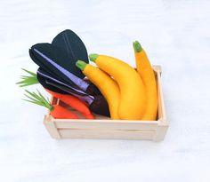 Full-Sized #FeltYellowZucchini #FeltSquash #PretendFood #MontessoriToys #VegetablesForKids #Greengrocer #FoodToy