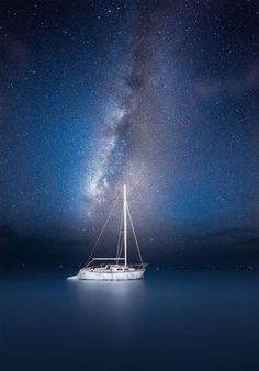 Night Sailing    Copyright : Jesse Summers