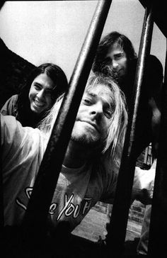 Nirvana....Oh how you are missed! Thank God for Dave Grohl, who continues to rock in FOO FIGHTERS :) Lo