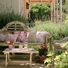 Creating a stunning seating area to enjoy the summer months doesn't have to be as hard as you may think! Take a look at our gallery and get those creative juices flowing
