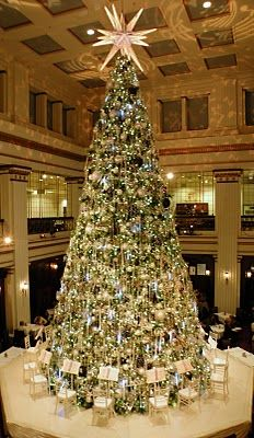 The giant Christmas tree in the Walnut Room, Chicago. Doesn't get any prettier than this. Love having hot chocolate and cookies under this after shopping. :)