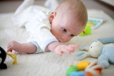 Les premiers jouets de bébé - Bébé - 0-12 mois - Éveil - Jeux - Mamanpourlavie.com