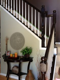 My honey oak stairs AFTER ~ General Finishes Java Gel Stain and Ben Moore painted spindles. Not to mention all trim painted white as well.Like this look for our stairs! Home Renovation, Home Remodeling, Java Gel Stains, Oak Stairs, Living Room Paint, Diy Home Improvement, Home Projects, Sweet Home, New Homes