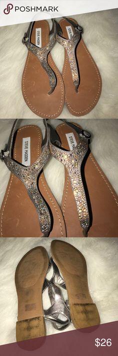 Steve Madden glittery sandal Steve Madden glittery sandal Steve Madden Shoes Sandals