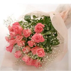 12 pink roses .